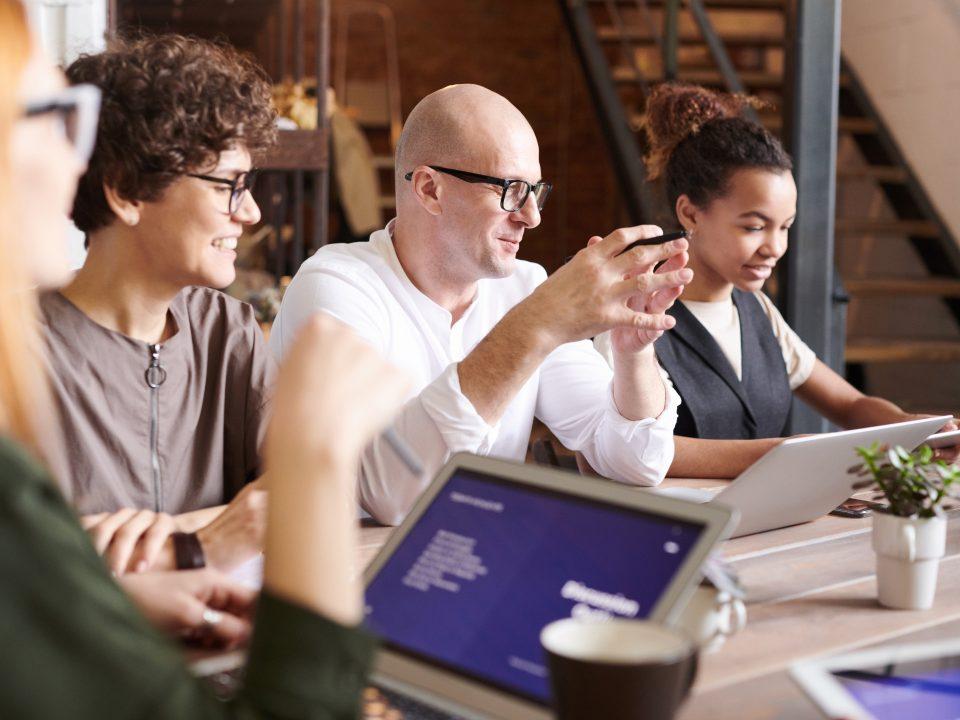 Habilidades interpersonales, ámbito laboral , liderazgo, relaciones saludables en el trabajo